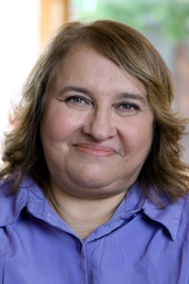 author Sharon Salzberg profile image - Click to open Featured Narrator panel