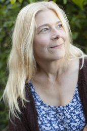 author Lisa Rogak profile image - Click to open Featured Author panel