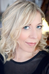 author Laurie Faria Stolarz profile image - Click to open Featured Author panel
