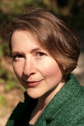 author Rachel Rose profile image - Click to open Featured Author panel