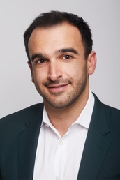 author Ramin Setoodeh profile image - Click to open Featured Author panel