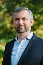 author Neil Irwin profile image - Click to open Featured Author panel