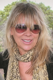 Author Françoise Malby-Anthony profile image - Click to see author details