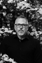 author Jeff VanderMeer profile image - Click to open Featured Author panel
