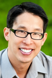 author Gene Luen Yang profile image - Click to open Creators panel