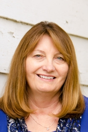 Author Loretta Ellsworth profile image - Click to see author details